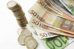 Латвийское решение вступить в еврозону зависит от доверия к единой валюте