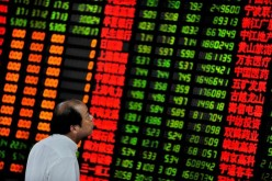 Слухи о повышении ставки ФРС обрушили биржи в Азии