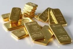 Золото продолжает падение