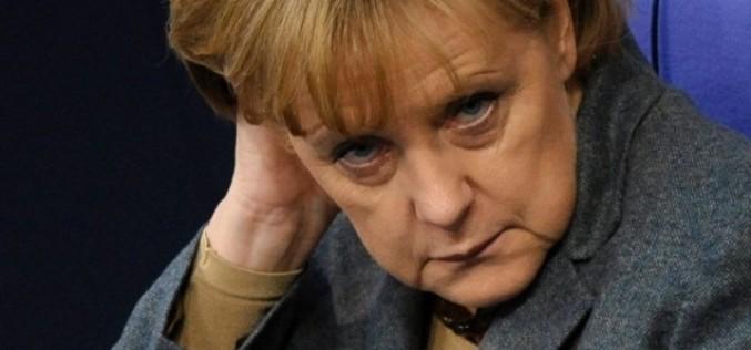 Ангела Меркель предостерегает Европу от неконтролируемого дефолта Греции