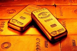 Центробанки мира лишились 560 млрд. долларов из-за обвала золота